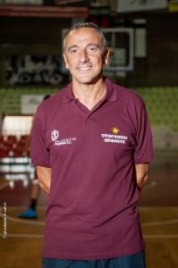 coach Lino Lardo